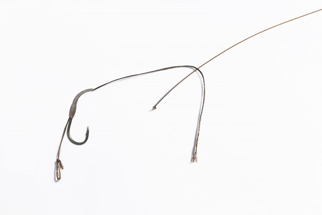 Kombinovaný nadväzec s oceľovým lankomFIN Steel Cord+ nadväzcová šnúra FIN 8K DOUBLE